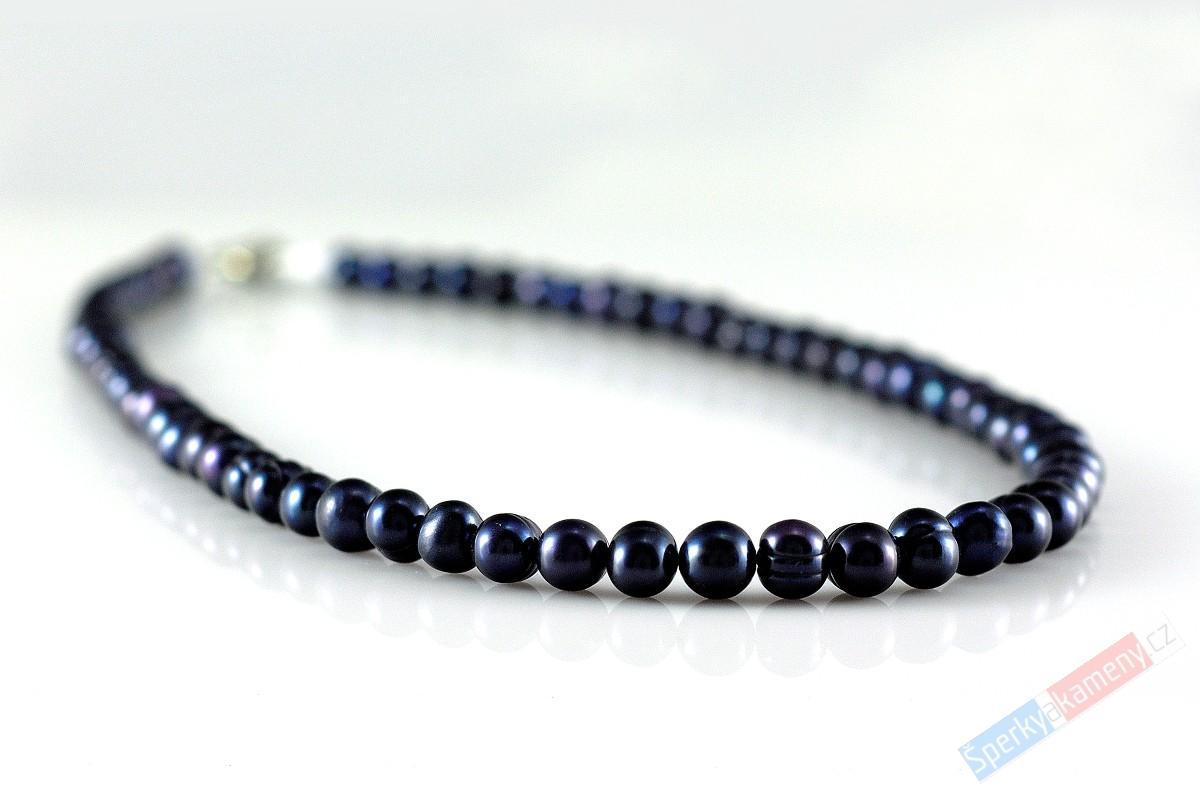 Modrofialové perly